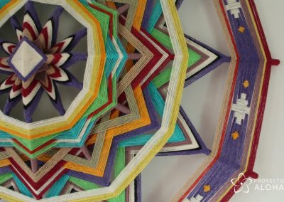 Mandala de lana Tzicuri detalle