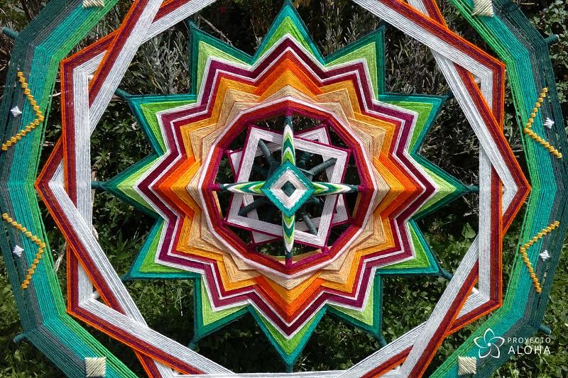 Aquí y Ahora, el poderoso arte de crear mandalas de lana