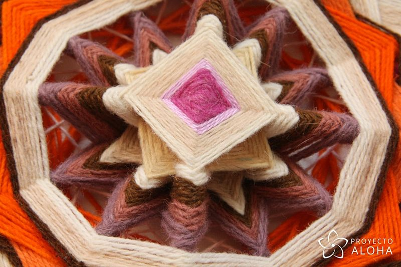 Calma Mandala de lana - Centro